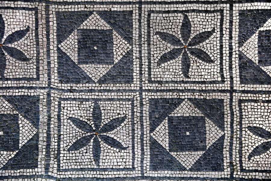 russi-mosaico-post-199a0917-web-41077e420923cddd89b3b86287953562-e4936b809896a88a5c115fbdfd292758